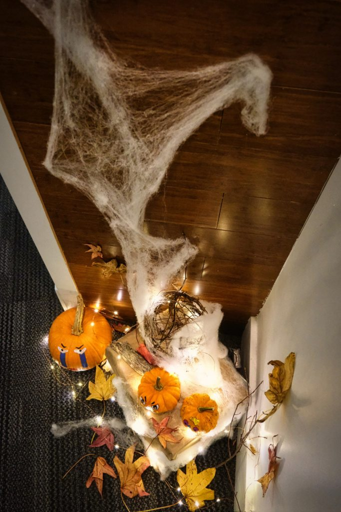 Halloween Decorations for Small Apartment